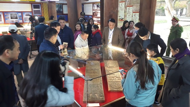 Lần đầu tiên trưng bày bảo vật quốc gia chùa Bổ Đà ảnh 1