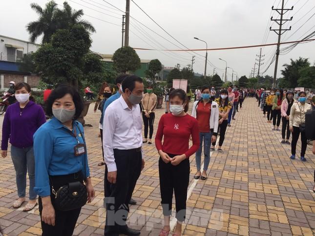 Cây ATM gạo đến với người nghèo và công nhân ở Bắc Ninh ảnh 2