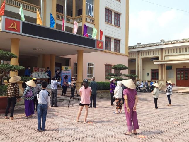 Cây ATM gạo đến với người nghèo và công nhân ở Bắc Ninh ảnh 5