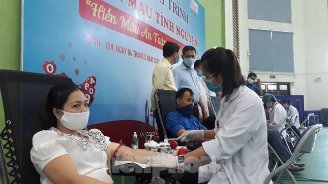 Hơn 500 đoàn viên tỉnh Bắc Ninh tham gia hiến máu ảnh 3