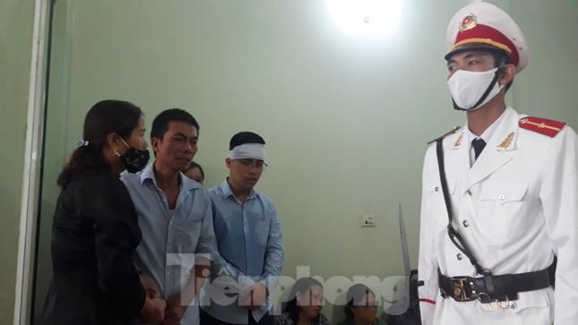 Đồng đội, làng xóm tiếc thương cảnh sát cơ động hi sinh ở Bắc Giang ảnh 5