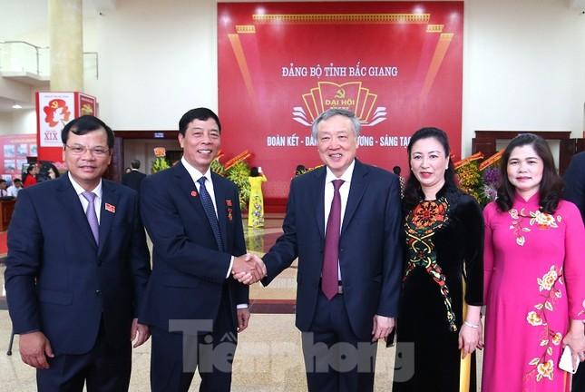Bí thư Trung ương Đảng Nguyễn Hòa Bình chỉ đạo Đại hội Đảng bộ Bắc Giang ảnh 1