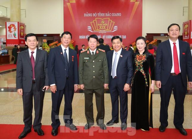 Bí thư Trung ương Đảng Nguyễn Hòa Bình chỉ đạo Đại hội Đảng bộ Bắc Giang ảnh 7