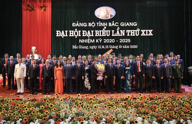 Ông Dương Văn Thái trúng cử Bí thư Tỉnh ủy Bắc Giang với 100% phiếu thuận ảnh 1