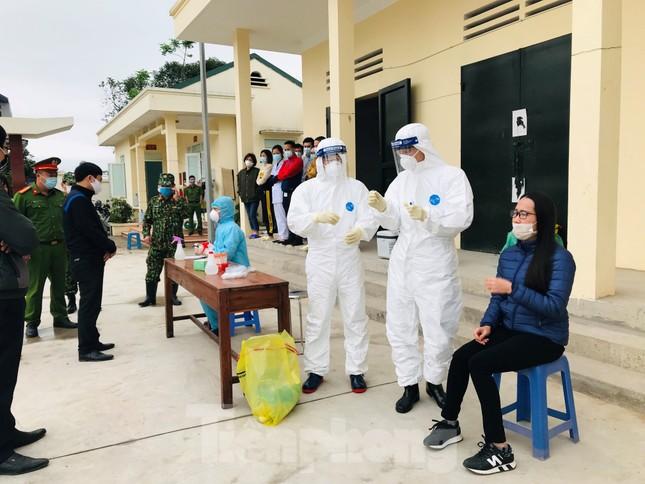 Bắc Giang xử lý 2.000 trường hợp vi phạm về phòng chống dịch bệnh COVID-19 ảnh 3