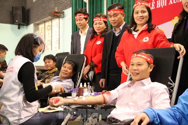 Sôi nổi ngày hội Chủ nhật Đỏ tại Bắc Giang ảnh 9