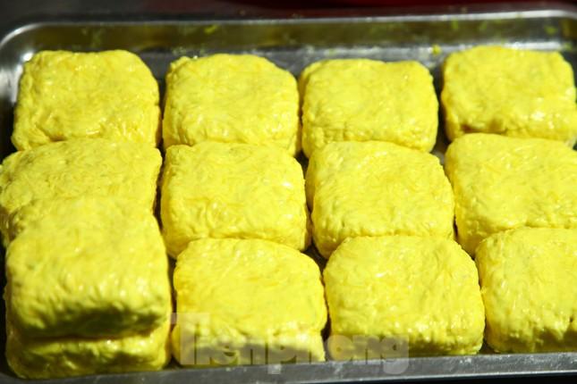 Làng nghề bánh phu thê ngon nức tiếng Bắc Ninh hối hả vào vụ Tết ảnh 13