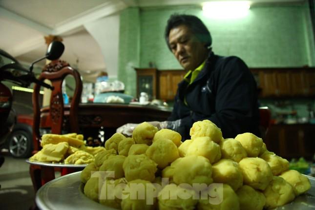 Làng nghề bánh phu thê ngon nức tiếng Bắc Ninh hối hả vào vụ Tết ảnh 3