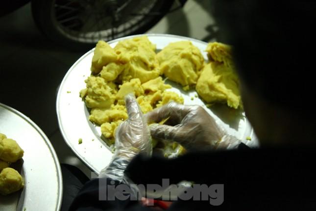 Làng nghề bánh phu thê ngon nức tiếng Bắc Ninh hối hả vào vụ Tết ảnh 2