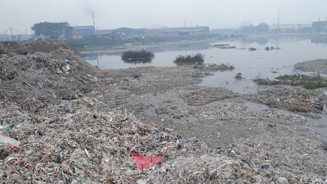 Yêu cầu xử lý tổ chức, cá nhân gây ô nhiễm nguồn nước sông Cầu ảnh 2