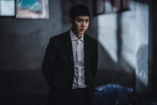 """Chưa từng thấy: """"Mouse"""" của Lee Seung Gi đổi poster mới, câu chuyện sẽ đảo ngược toàn bộ ảnh 2"""