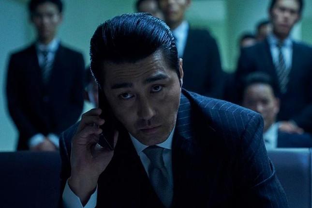 """Vì sao """"Night In Paradise"""" là phim Hàn gây bão trên Netflix? ảnh 3"""
