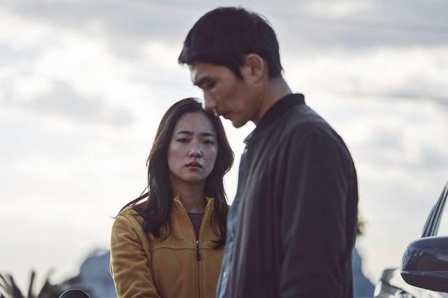 """Vì sao """"Night In Paradise"""" là phim Hàn gây bão trên Netflix? ảnh 2"""