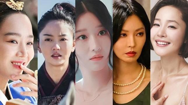 """""""Cuộc Chiến Thượng Lưu"""", """"Điên Thì Có Sao"""" thi nhau """"oanh tạc"""" bảng đề cử Baeksang 2021 ảnh 4"""