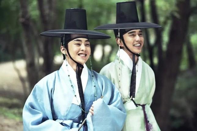 """Nhận """"trái đắng"""" vì thêm quá nhiều văn hóa Trung Quốc, đã đến lúc phim Hàn cần tỉnh táo! ảnh 4"""