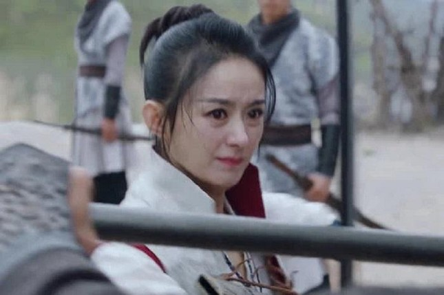 """Có tin ly hôn, khán giả mới hiểu tại sao Triệu Lệ Dĩnh trông mệt mỏi khi đóng """"Hữu Phỉ"""" ảnh 4"""