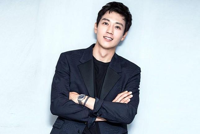 """""""Decibel"""" công bố dàn diễn viên """"khủng"""": Kim Rae Won, Lee Jong Suk, Cha Eun Woo (ASTRO) ảnh 1"""