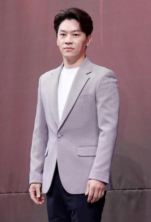 """""""Decibel"""" công bố dàn diễn viên """"khủng"""": Kim Rae Won, Lee Jong Suk, Cha Eun Woo (ASTRO) ảnh 4"""