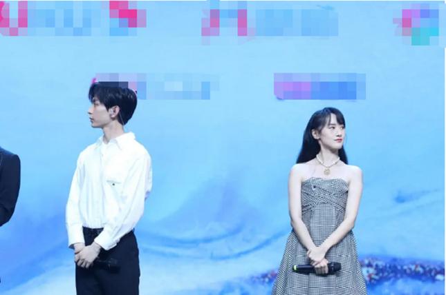"""""""Sơn Hà Lệnh"""" khép lại bằng đêm concert đáng nhớ, nhưng phim """"Lưu Ly"""" lại bị nhắc tên ảnh 7"""
