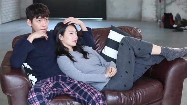 """""""Cặp đôi vàng"""" của điện ảnh Hàn: Kim Woo Bin và Shin Min Ah dự định kết hôn trong năm nay? ảnh 2"""