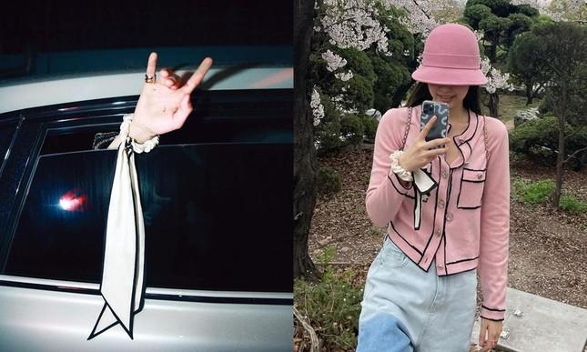 """Món đồ đôi công khai đầu tiên của G-Dragon và Jennie, là """"đánh dấu chủ quyền"""" hay gì? ảnh 4"""
