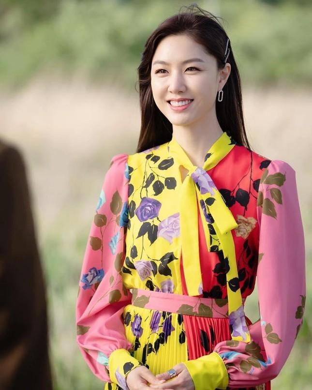 """Hai mỹ nhân họ Seo là """"bạn gái tin đồn"""" của Kim Jung Hyun, nàng nào cũng xứng danh kiều nữ ảnh 7"""