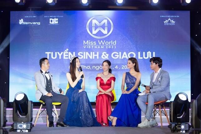 Nhan sắc lộng lẫy của Hoa hậu Lương Thùy Linh gây áp lực với thí sinh Miss World Vietnam ảnh 1