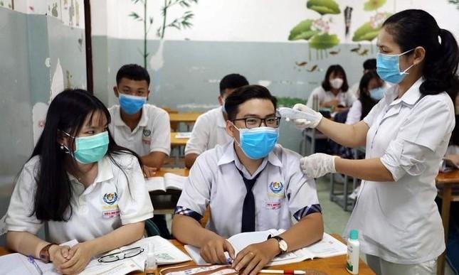 TP.HCM: Các trường học dừng hoạt động tập trung đông người đến hết năm học, thi đúng lịch ảnh 1