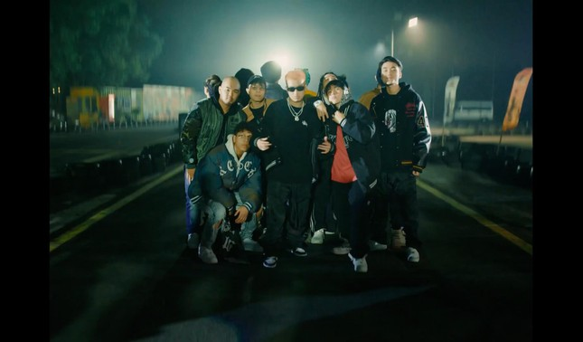 Trước thềm Rap Việt All-Start Concert, 16 Typh và 16 BrT tung MV cực chất chơi ảnh 4