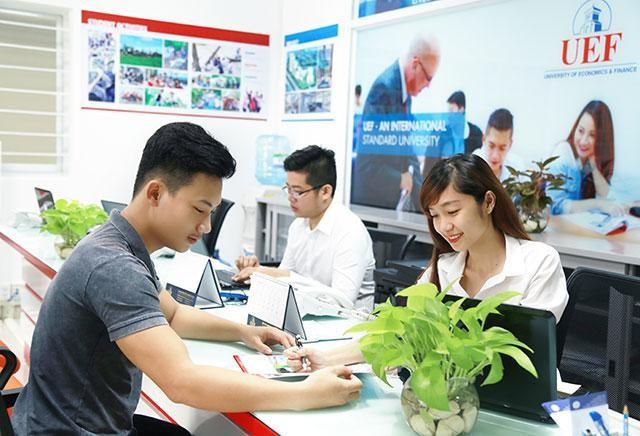 TP.HCM: 5 trường Đại học đầu tiên công bố điểm sàn xét tuyển thi Đánh giá năng lực ảnh 2