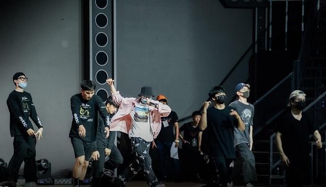 """Rap Việt Concert hé lộ ảnh tổng duyệt, những tiết mục """"đỉnh của chóp"""" nào được trông đợi? ảnh 5"""