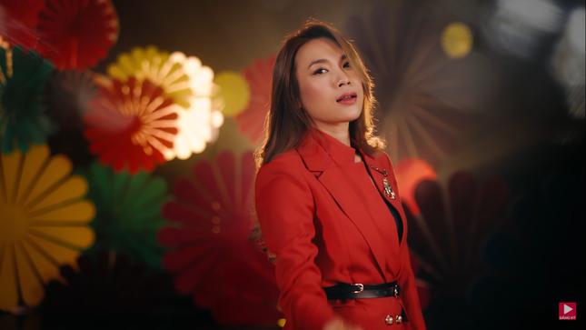 """Sau 20 năm ca hát, Mỹ Tâm tự tin khẳng định vị thế """"nữ hoàng nhạc Pop"""" trong MV mới ảnh 3"""