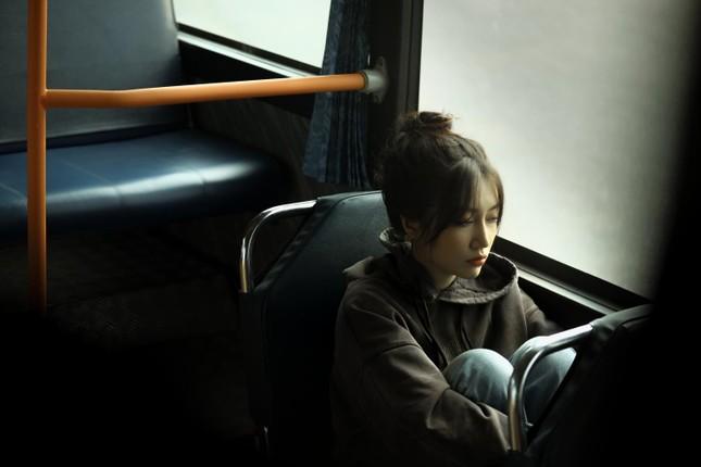 """""""Khi Em Lớn"""": Orange - Hoàng Dũng kể về những nỗi cô đơn của người trẻ khi trưởng thành ảnh 4"""
