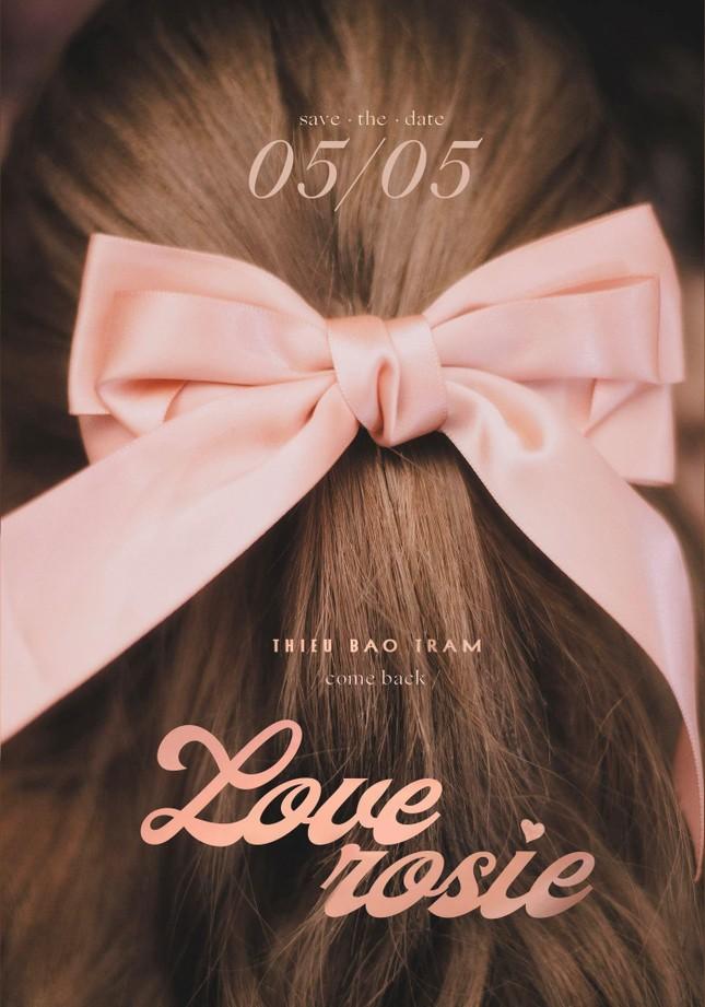 """43 chữ """"LOVE"""" của Thiều Bảo Trâm liên quan tới một chàng trai khác không phải Sơn Tùng? ảnh 2"""
