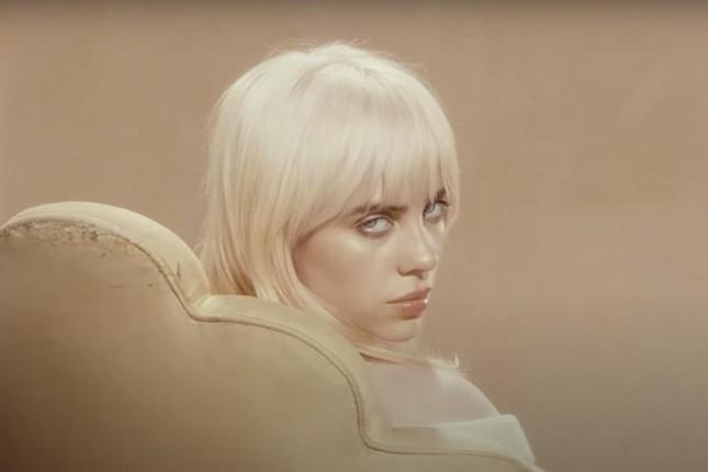 """Billie Eilish """"bùng nổ visual"""" trong teaser album """"Happier Than Ever"""" ra mắt cuối tháng 7 ảnh 1"""