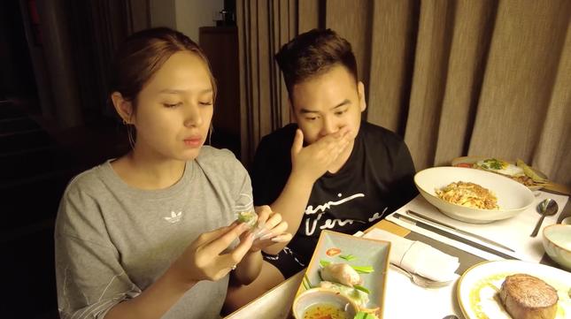 """Sau đám cưới triệu đô, vợ chồng streamer giàu nhất Việt Nam chi tiền """"khủng"""" đi trăng mật ảnh 6"""
