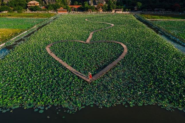 Năm du lịch Quốc gia 2021: Hang Múa (Ninh Bình) trở thành địa điểm được giới trẻ yêu thích ảnh 5