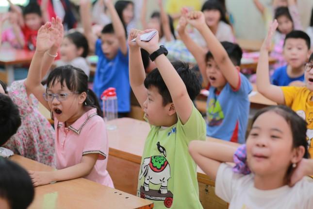 Blosshine Project: Trẻ em xứng đáng được yêu thương và giáo dục một cách tốt nhất ảnh 2