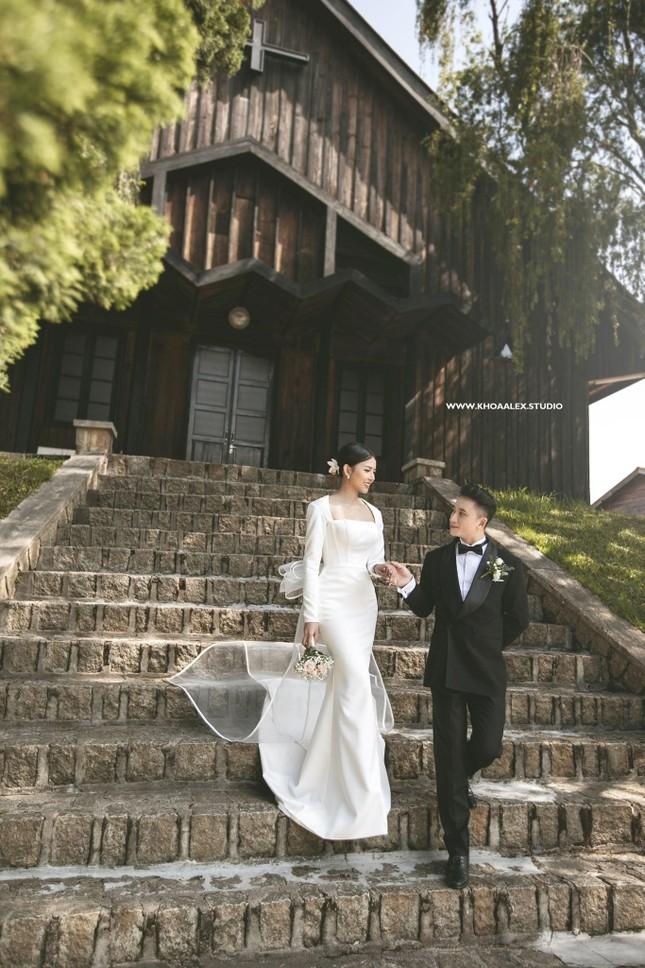"""Bộ ảnh cưới lãng mạn chụp ở Đà Lạt của Phan Mạnh Quỳnh: Nhan sắc cô dâu chiếm """"spolight"""" ảnh 15"""