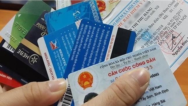 Đổi sang thẻ Căn cước công dân gắn chíp có cần đổi thông tin tài khoản ngân hàng không? ảnh 1