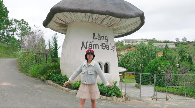 Thơ Nguyễn xuất hiện trở lại trên YouTube, đăng video về chuyến đi nông trại cún ở Đà Lạt ảnh 1