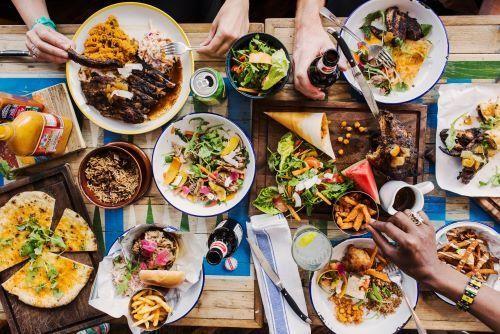 """Dân mạng mở bình chọn các """"thánh rì-viu"""" nên tránh: Những food blogger nào bị réo tên? ảnh 1"""