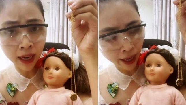 """Sau 1 tháng khóc lóc đòi giải nghệ, Thơ Nguyễn chính thức trở lại với tên """"Thơ Ngáo Ngơ"""" ảnh 3"""