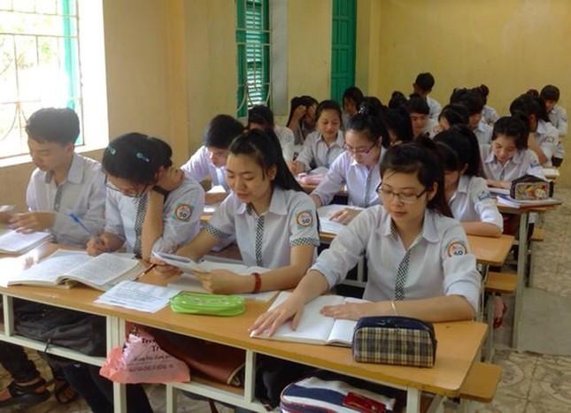 Hà Nội tạm hoãn lịch thi thử tốt nghiệp THPT của các bạn học sinh lớp 12 ảnh 1
