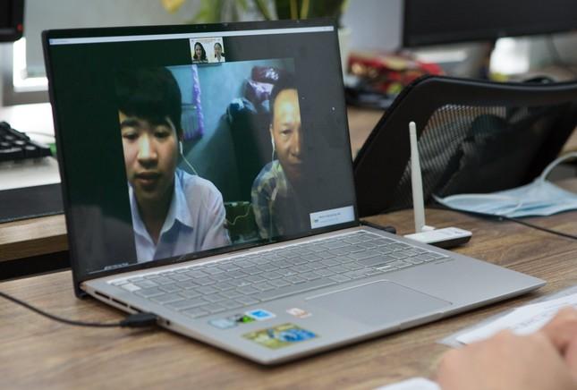 Thành công từ kỳ thi tuyển sinh trực tuyến đầu tiên của Trường Doanh nhân CEO Việt Nam ảnh 2