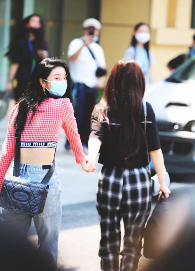 """Cẩm nang """"Thanh Xuân Có Bạn 2"""": Những đôi bạn khiến hội shipper """"thiếu nghị lực"""" (pt.1) ảnh 3"""