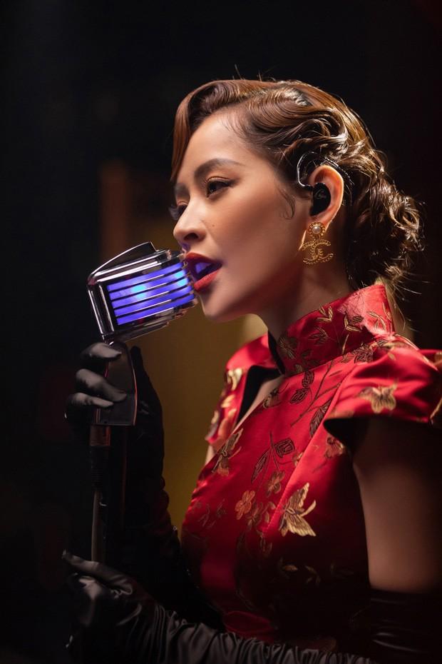 """Sao Việt 24H: Chi Pu """"tung thính"""", H'Hen Niê và Hoàng Yến Chibi đọ sắc trong bộ ảnh mới ảnh 8"""