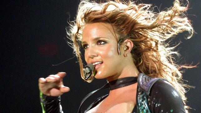Britney Spears lên tiếng cầu cứu, yêu cầu loại bỏ quyền kiểm soát từ chính cha ruột ảnh 6
