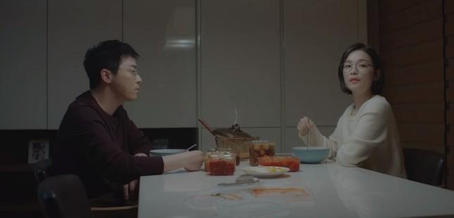 """""""Hospital Playlist"""" tập 10: Ngày hội tỏ tình, """"gắt"""" nhất vẫn là thuyền Song Hwa - Ik Jun ảnh 5"""