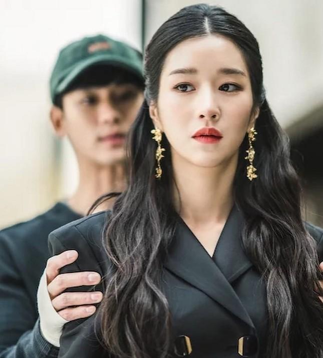 Seo Ye Ji dù được nhắc nhiều nhưng Kim Soo Hyun lại đứng đầu BXH giá trị thương hiệu ảnh 4
